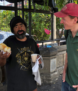 A welcome 'tent' for homeless Salvadorans